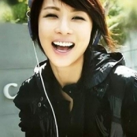 Queenka of September: Ha Ji Won